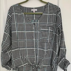 Short and Long Checkered Top
